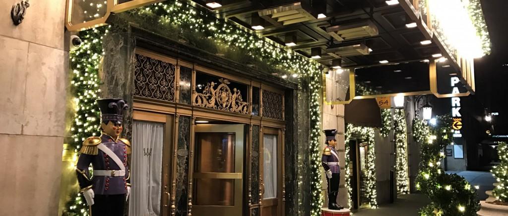 christmas-at-the-warwick-new-york (1)